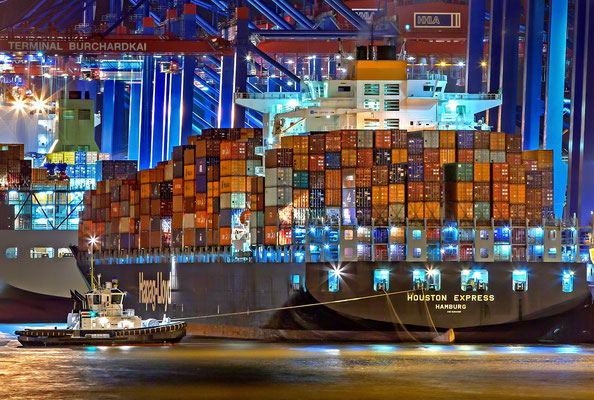 Container Vessel HOUSTON EXPRESS in the port Hamburg Container Terminal Burchardkai (CTB) Shipping Line Hapag Lloyd