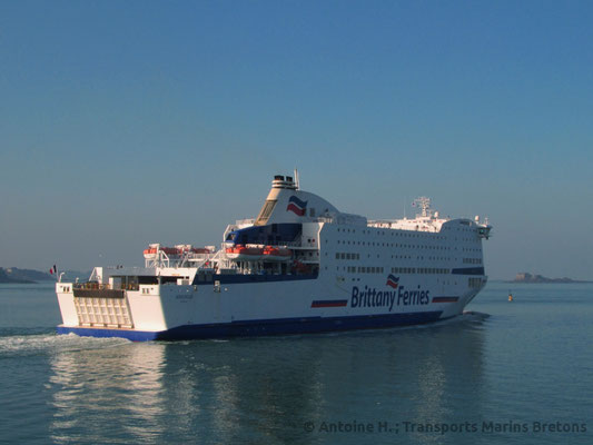 Armorique leaving Saint-Malo for Plymouth. Picture Antoine H.