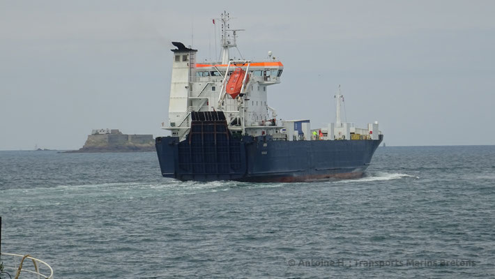 Arrow leaving Saint-Malo. Picture Antoine H.
