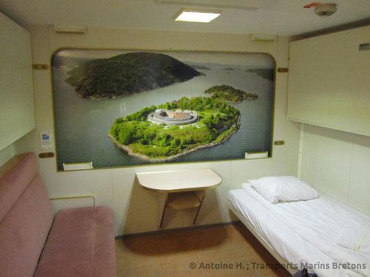 A cabin on board Oscar Wilde. Picture Antoine H.