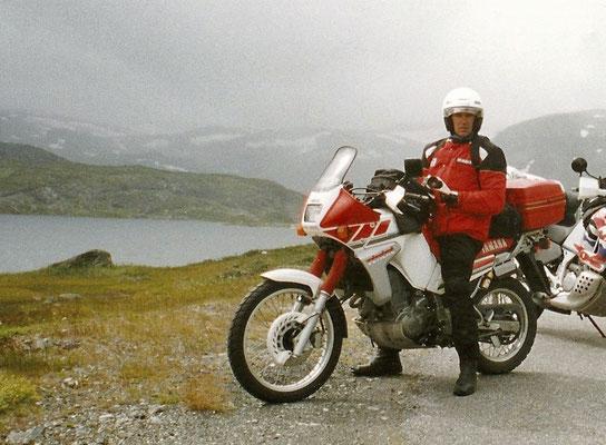 Louise III - Salto di categoria con una TENERE' 660 - Qui siamo in Norvegia