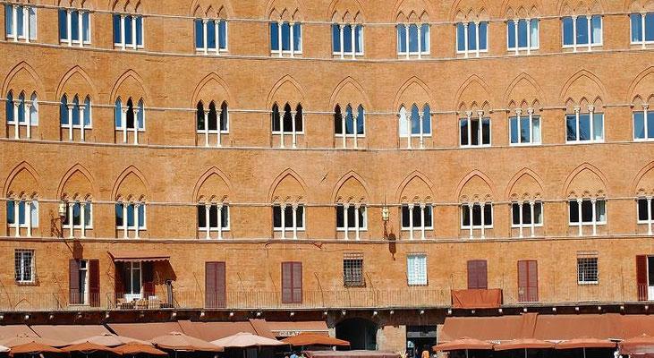 Siena - Piazza del Campo - particolare