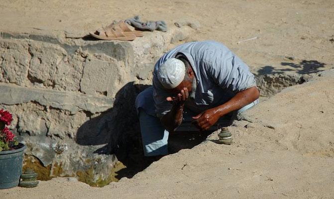 Un po' di rinfreso nella calura dell'oasi di Siwa, in Egitto