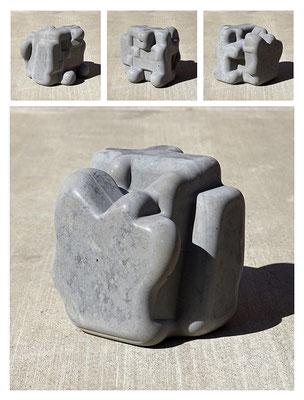 C9C50TXX444Y17NX (08) concrete, pigments, 20x20x20 cm