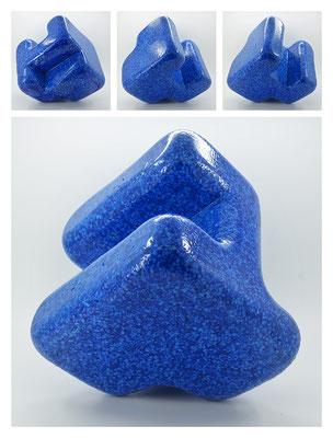 E2C60X333Y17N06 (02) epoxy resin, quartz, 19x19x19 cm, 2017