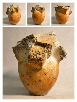 C3BXC60Y14V16128 ciment fondu, sand, expanded clay, iron dust 24x28x24cm, 2014