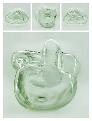 GL0C60X444Y17V32480 glass, 40x29x28 cm, 2017