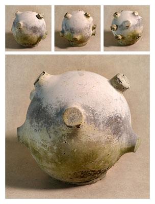 C2BXTXY15V13248 ciment fondu, sand, expanded clay 24x24x23cm, 2015