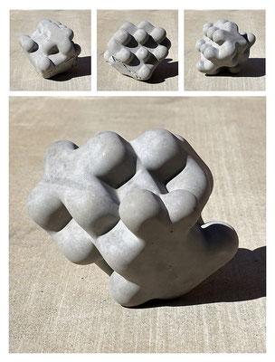 C9C50TXX444Y17NX (06) concrete, pigments, 20x20x20 cm