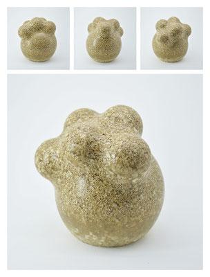 R2BXB40Y13V1573 polyester, silicon gravel, 11x13x11cm, 2013