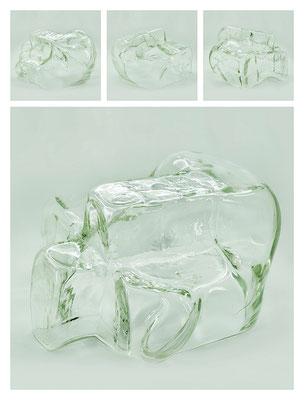 GL0C60X444Y17V16704 glass, 32x18x29 cm, 2017