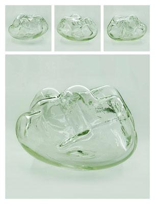 GL0C60X444Y17V27588 glass, 38x22x33 cm, 2017