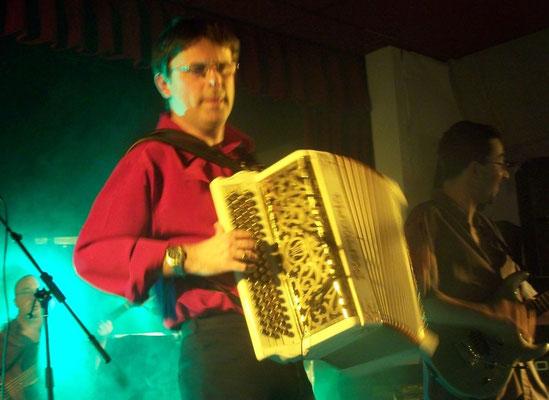 Pascal Fadier accordéoniste dans le 35