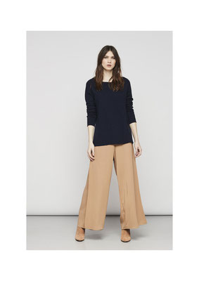 Pants 05208087, Sweater M5109500