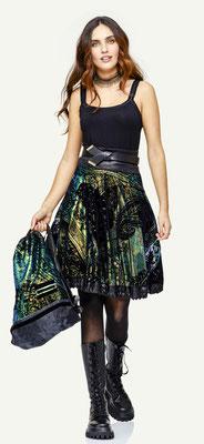 Top 1002-101, Skirt 116-12, Belt 188-99, Bag 187-12