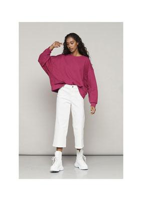 Sweater 47AU1045, Pants 052U3821