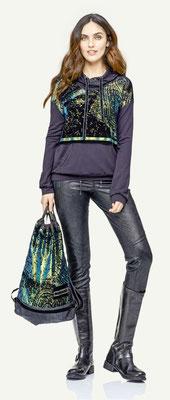Sweater 122-12, Pants 1041-101, Bag 187-12