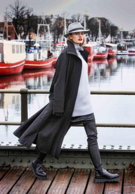 Sweater 3069-26, Microskirt 1011-101, Coat 339-24