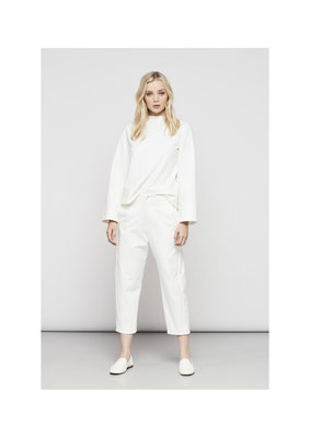Pants 06L02545, Sweater 46G02545