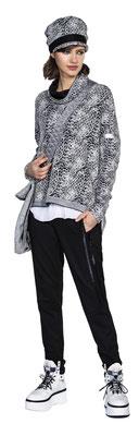 Blouse 1052-102, Pants 343-27, Sweater 301-22,  Hat 3003-22