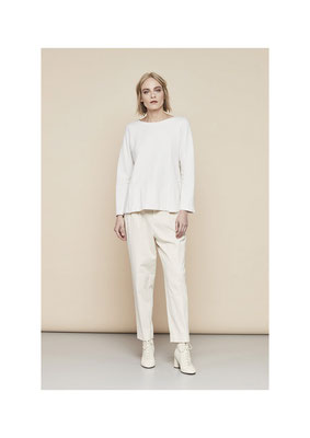 Sweater 45BU2261, Pants 06H03896