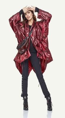 Coat 178-28, Pants 1051-101, Bag 197-99
