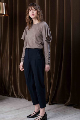 Sweater 2056 Piero, Pants 2098 Lila
