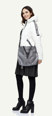 Jacket 134-19, Dress 129-20, Bag 1064-31