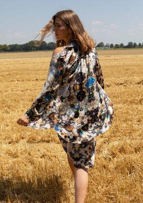 99- SS Naomi shirt over 66-ES ANNA dress, print 04