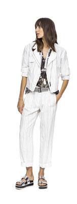 Jacket 223-18 Shirt 257-37  Pants 206-18  Belt 290-99