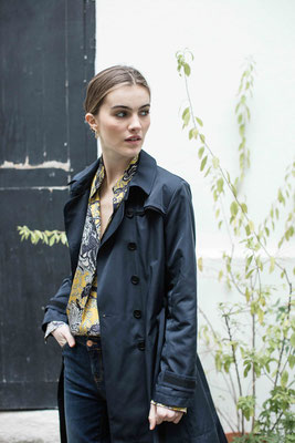 Trench 2092 Delago, Shirt 2111 Clara