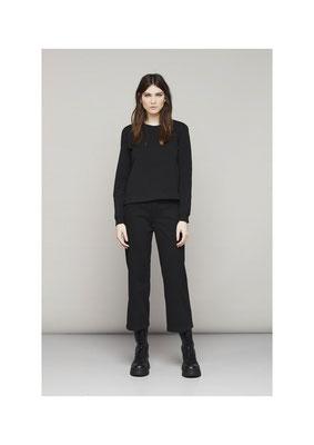 Sweater 45LU,  Pants 05CU3821