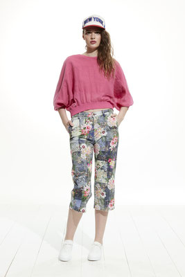 Sweater 4540 1045, Pants 0960 9715