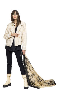 Jacket 211-21 Blouse 1039-101  Pants 1051-101  Scarf 2004-38