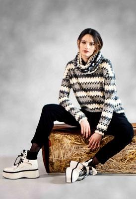 Sweater 310-5, Pants 343-27
