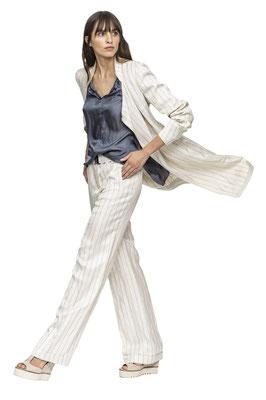 Coat 219-23  Blouse 207-30  Pants 202-23
