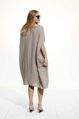 Dress 147U 7023