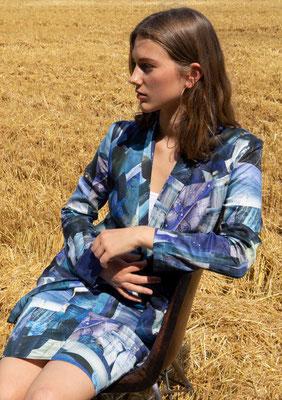 164-SA JOSY jacket + 210-CO Jean skirt, print 010