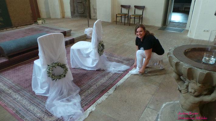 Andrea Reuter Deko Dekoservice Kirche Frauenaurach Hochzeit ardeko
