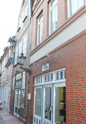 Fasade Kehdinger Str. 5 - Eingang Ferienwohnung