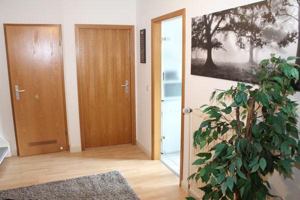 Zugang zu den Zimmern 1&2, Bad und Küche