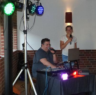 maßgeblich vom DJ und besonders Begabten