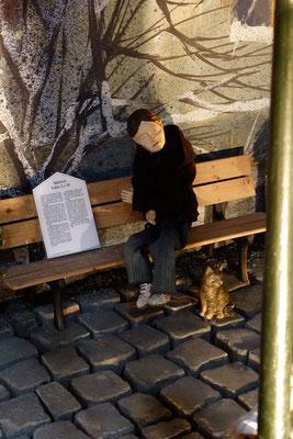 Und das soll euch als Zeichen dienen: Ihr werdet ein Kind finden, das, in Windeln gewickelt, in einer Krippe liegt.  (Milieukrippe in Sankt Maria in Lyskirchen, Foto © lyskirchen)