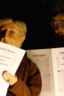 auch Frau Müller Hermann ist überrascht ... (Milieukrippe in Sankt Maria in Lyskirchen, Foto © lyskirchen)