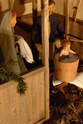 und dass er bald hohen Besuch bekommt ... (Milieukrippe in Sankt Maria in Lyskirchen, Foto © lyskirchen)