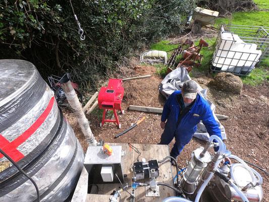 Paul s'occupe de la distillation du début à la fin