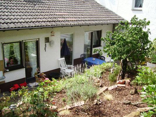 Ferienwohnung im Pfälzerwald, Sonja Anton Eußerthal, Pfalz, Südliche Weinstraße, Terrasse und Garten