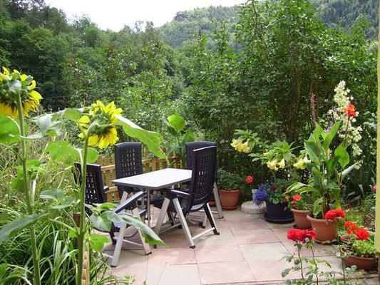 Ferienwohnung im Pfälzerwald, Sonja Anton Rinnthal, Pfalz, Südliche Weinstraße, Terrasse und Garten