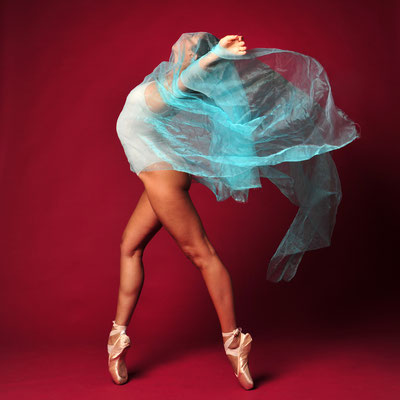 Foto: Andreas Ender | photo-art+painting | DANCE: Serie 8 - 50x50cm, je 377,00€