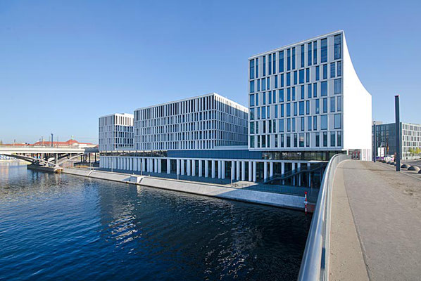 Büro- und Geschäftshaus am Kapelle-Ufer, Berlin